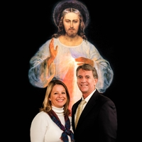 Dave & Joan Maroney | The Chaplet of Divine Mercy (With Music)