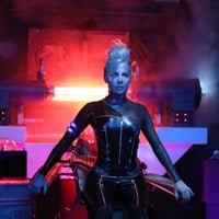 Gigi Edgley | Closer